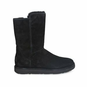 Ugg boots black new suede new size:6 cute